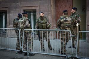1280px-Strasbourg_opération_Sentinelle_février_2015-2