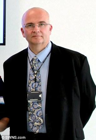 Simon Bramhall